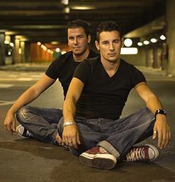 Andy Y Lucas
