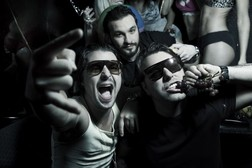 Swedish House Mafia online