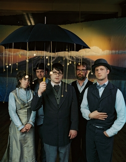 The Decemberists online