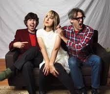 The Muffs online